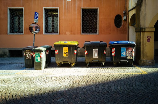 How business benefits from dumpster rental?